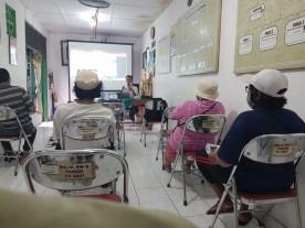 Tim KKN PPM UGM Gelar Sosialisasi Pengenalan Pewarna Alami dan Pengolahan Limbah Cair bagi Pengrajin Batik Kampung Taman