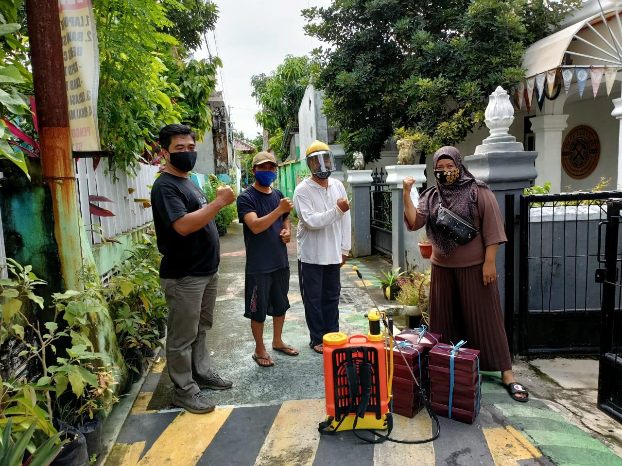 Sambang Kampung  RW 03 Kel Patehan