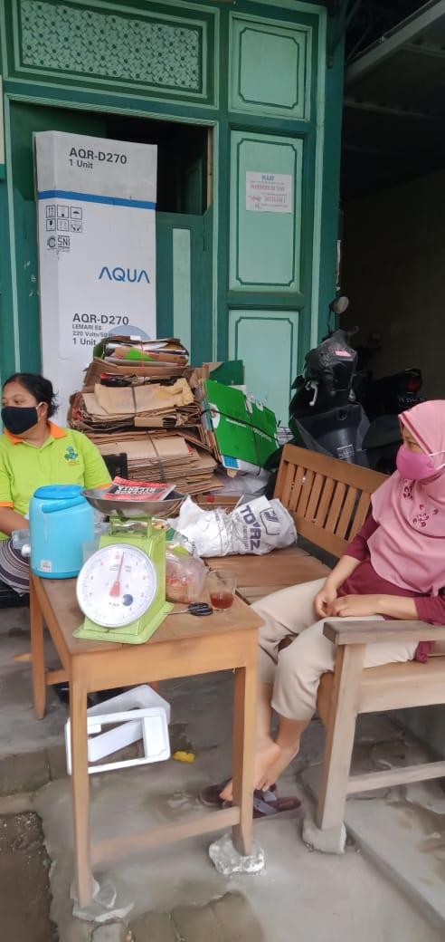 Bank Sampah RW 04 Kel Patehan